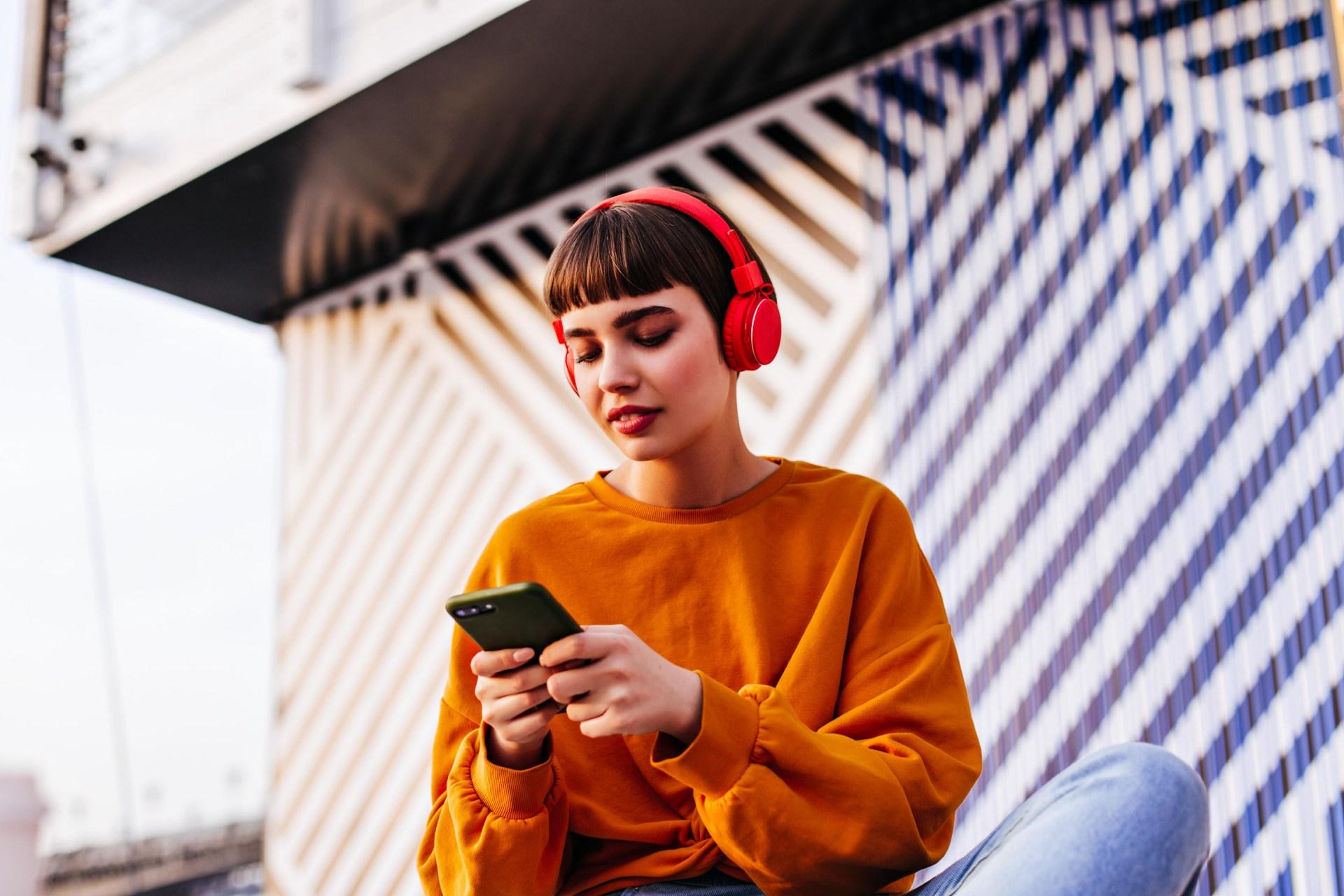 teen girl listening to music